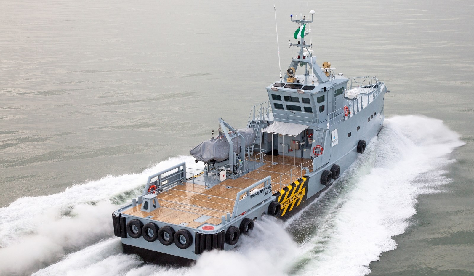 Crew_Supply_Vessel